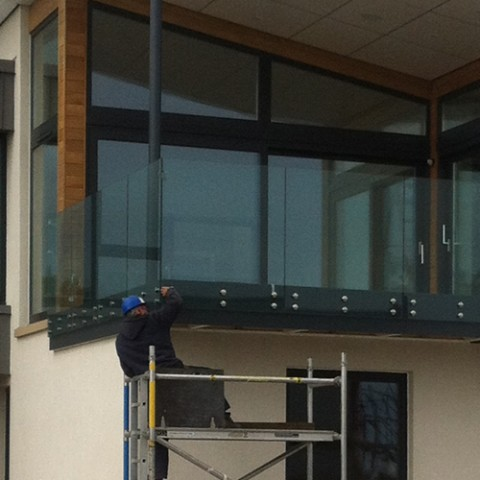 Glass Balustrade Glenrothes